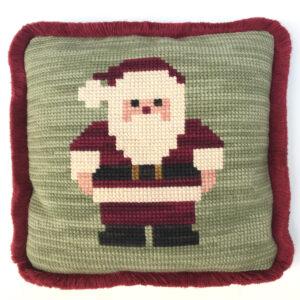 Papa Noel hecho con cañamazo grueso
