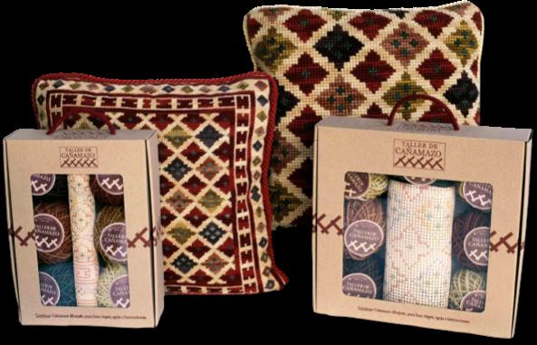 Kit para elaborar cojines bordados con cañamazo y lana